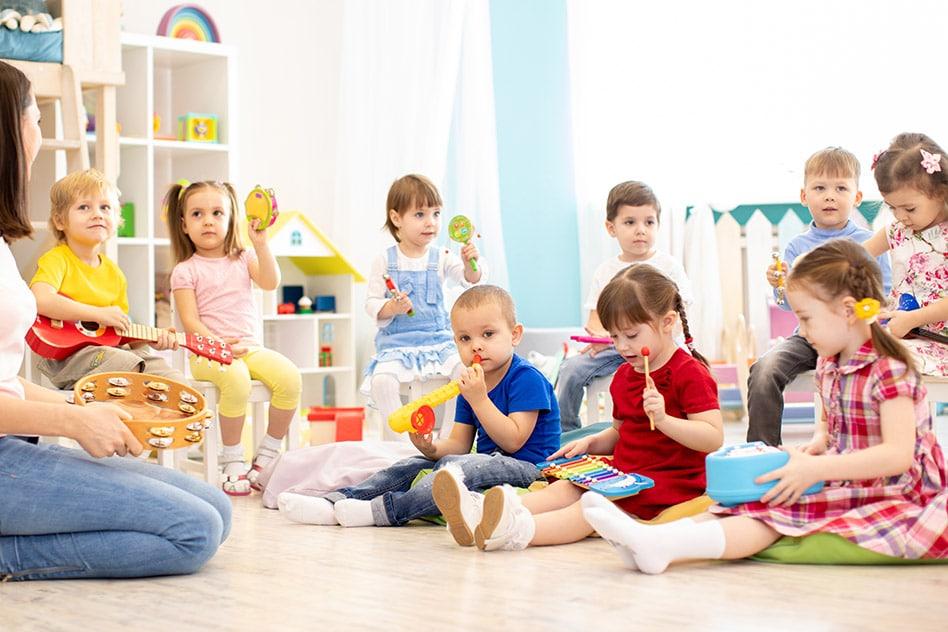 Sesiones semanales de estimulación infantil en grupos reducidos
